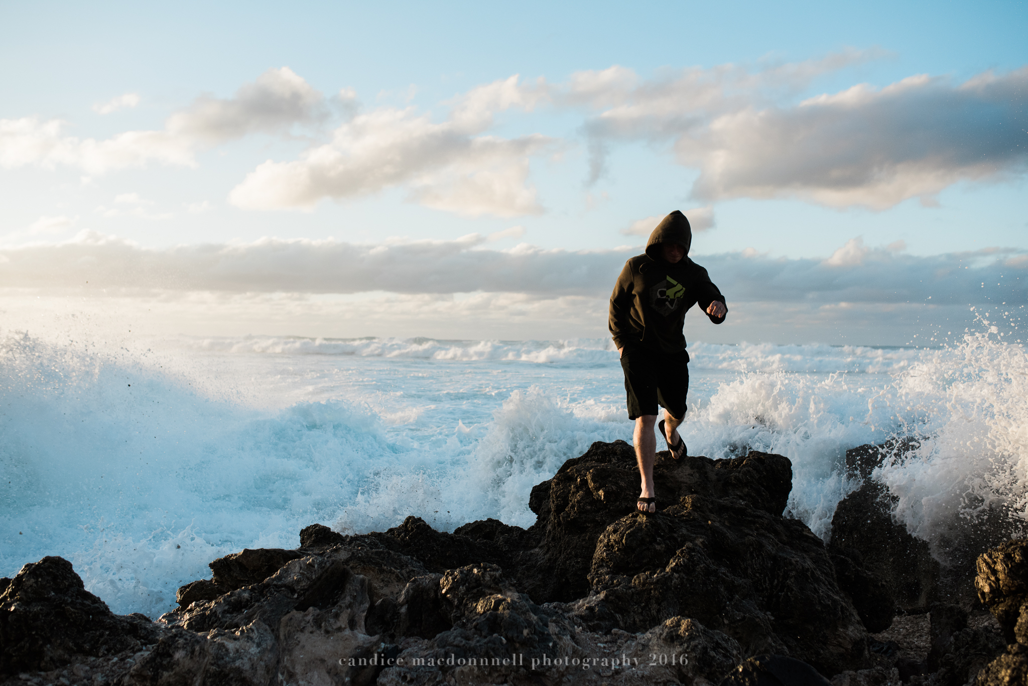 huge waves at kaena point beach lifestyle photography by candice macdonnell photography, oahu hawaii documentary photographer