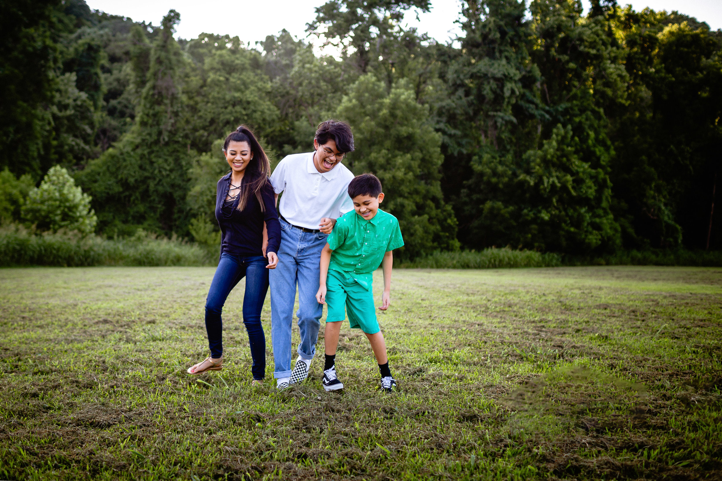 siblings lifestyle family photographer fort leonard wood