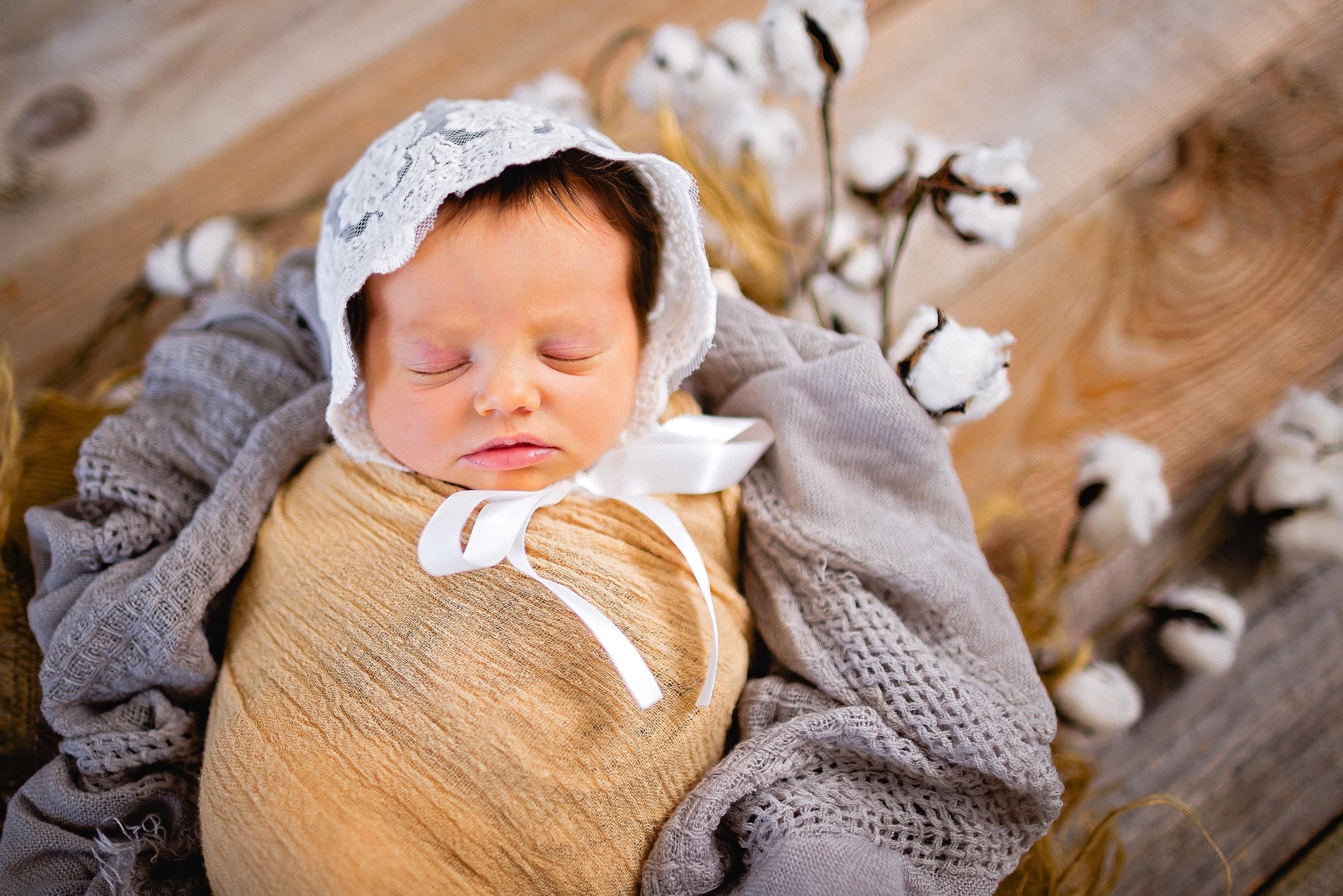 newborn photographer fort leonard wood