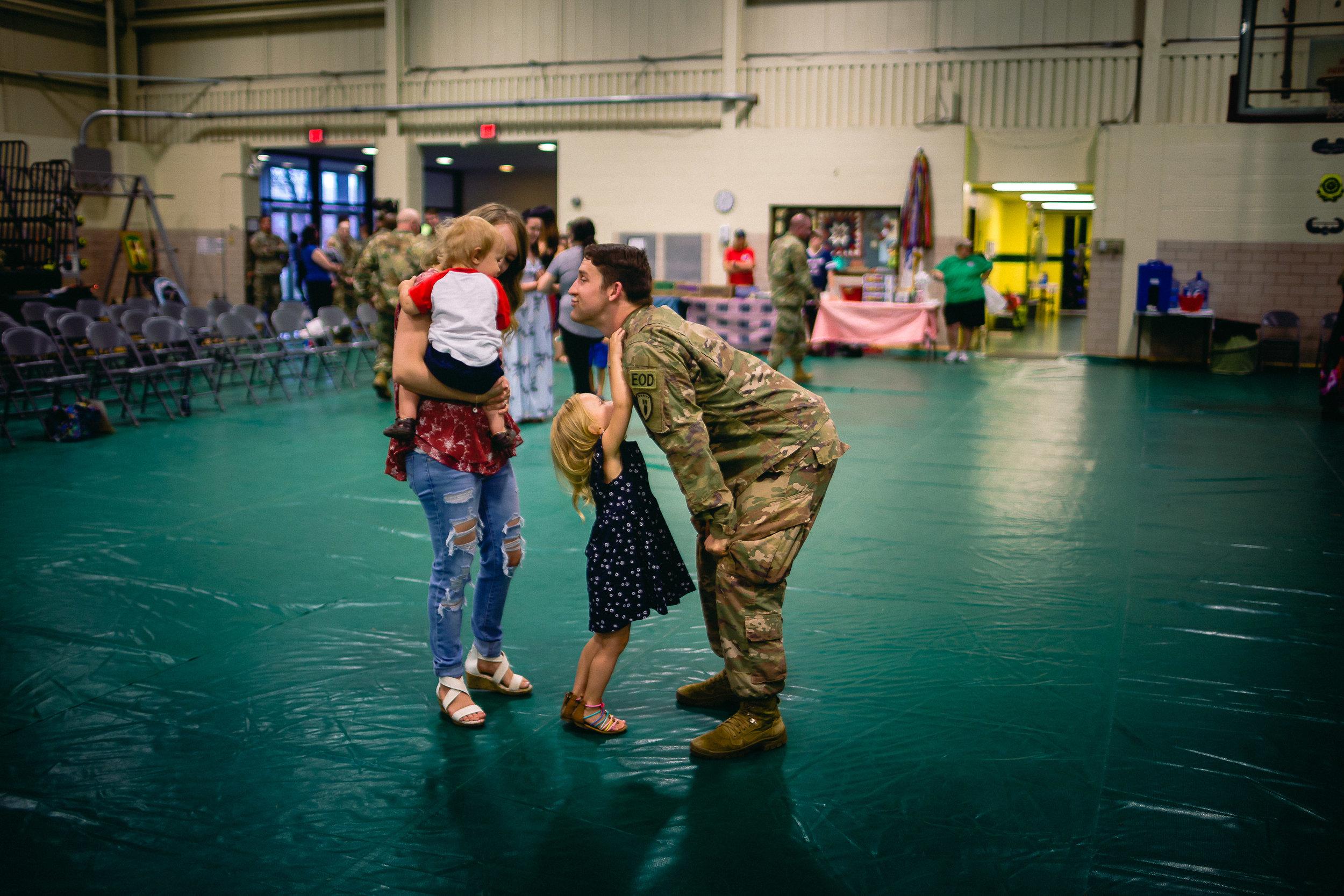 army deployment homecoming photography fort leonard wood missouri