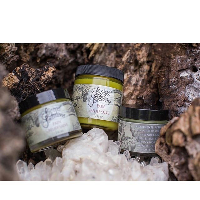 Sacred Solutions Pain Salve is blended with Olive Oil, Arnica, and Ginger to sooth those sore muscles and aching bones, or in my case, neck, shoulders, arms, and hands!  Great after a long day of tattooing, hiking, paintball, or whatever makes you say ouch! 🍂 For external use on aches, strains, bruises or injuries in which the skin has not been broken 🍂#gingersalve  #sacredsolutions #herbal #salve #handmade #withlove #hardwork #dancerapproved #painrelief #prestretch #soremuscles #inflammation #cramprelief  #arnica #ginger #etsyshop #etsy #arthritis #treatyoself #naturalpainrelief #organic #organicskincare #organicliving #pain #backpain #blacklotustattoogallery #etsyfinds #essentialoils #painrelief Photography by @hunt.shoots