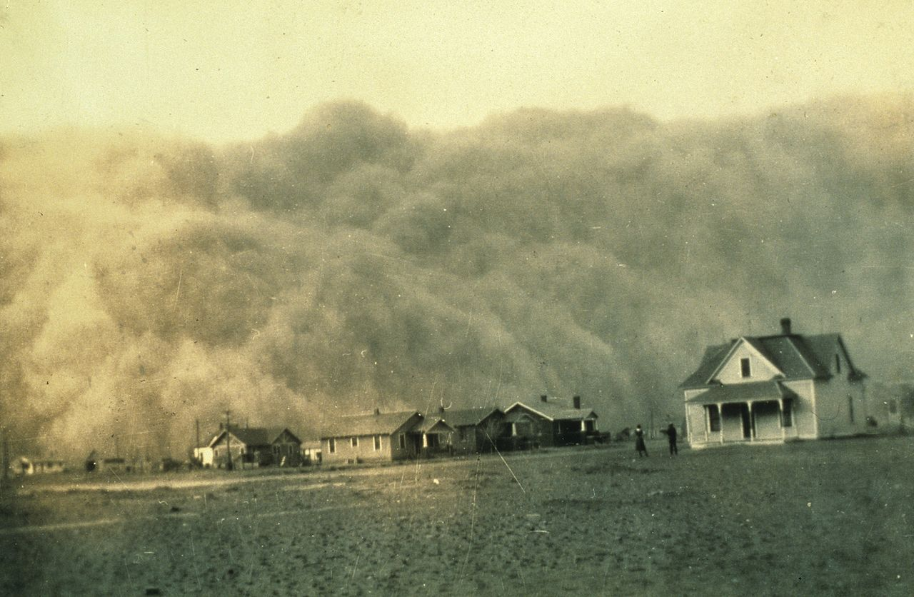 Dust storm approaching Stratford, Texas  | George E. Marsh | 18 April 1935