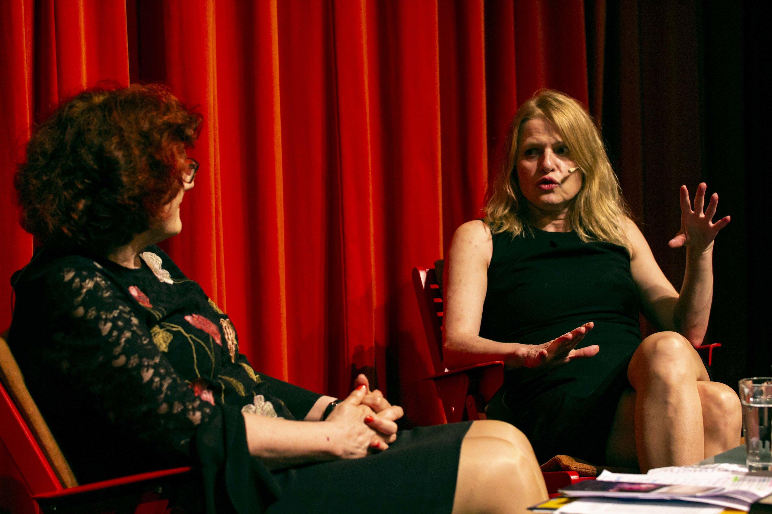 Pogovor z osrednjo gostjo festivala  Mojco Kumerdej v LGM / foto: Kristijan Robič