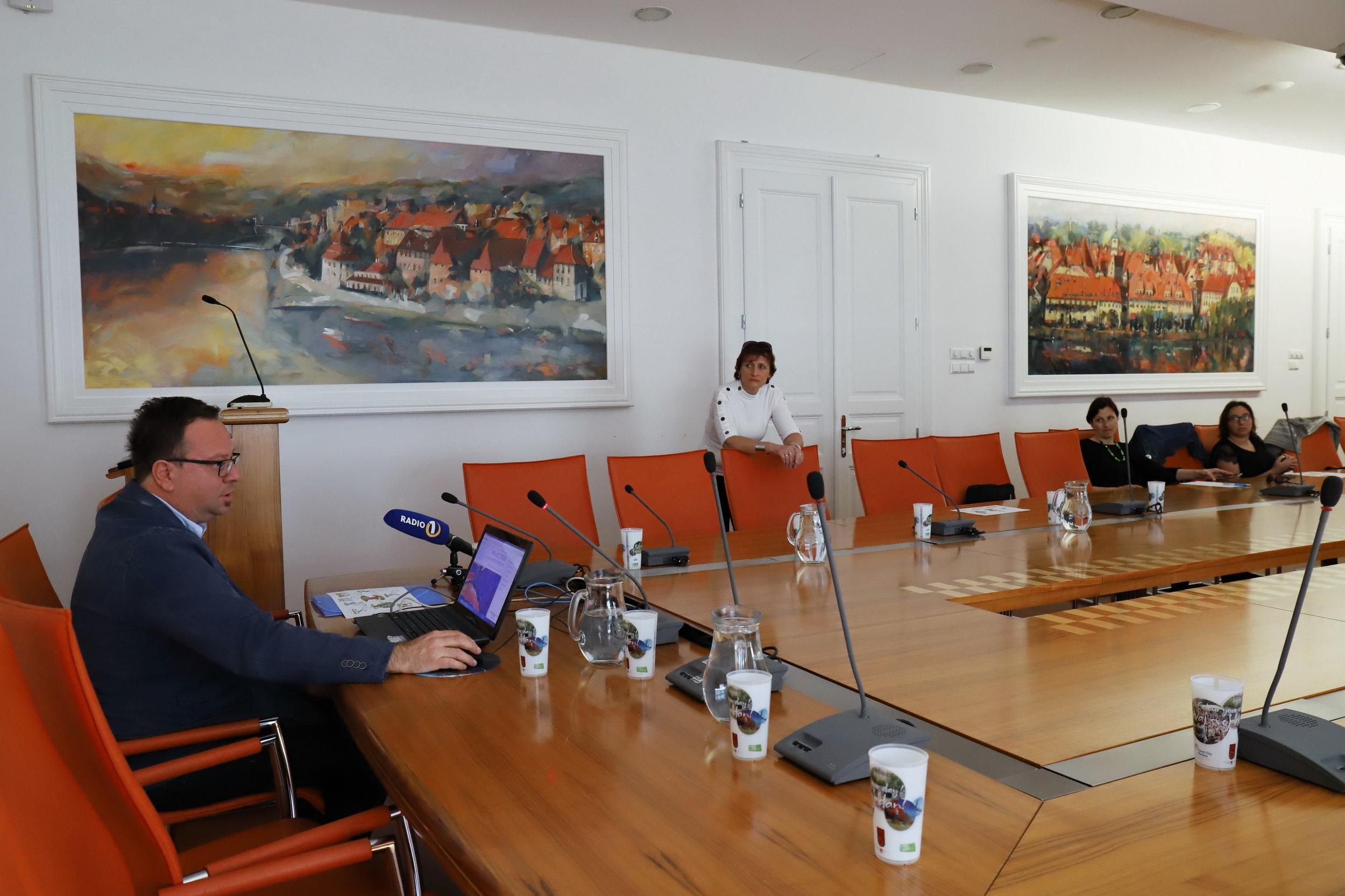 Borut Ambrožič ml. , pobudnik in koordinator projekta mala KNJIGA – VELIKA vsebina