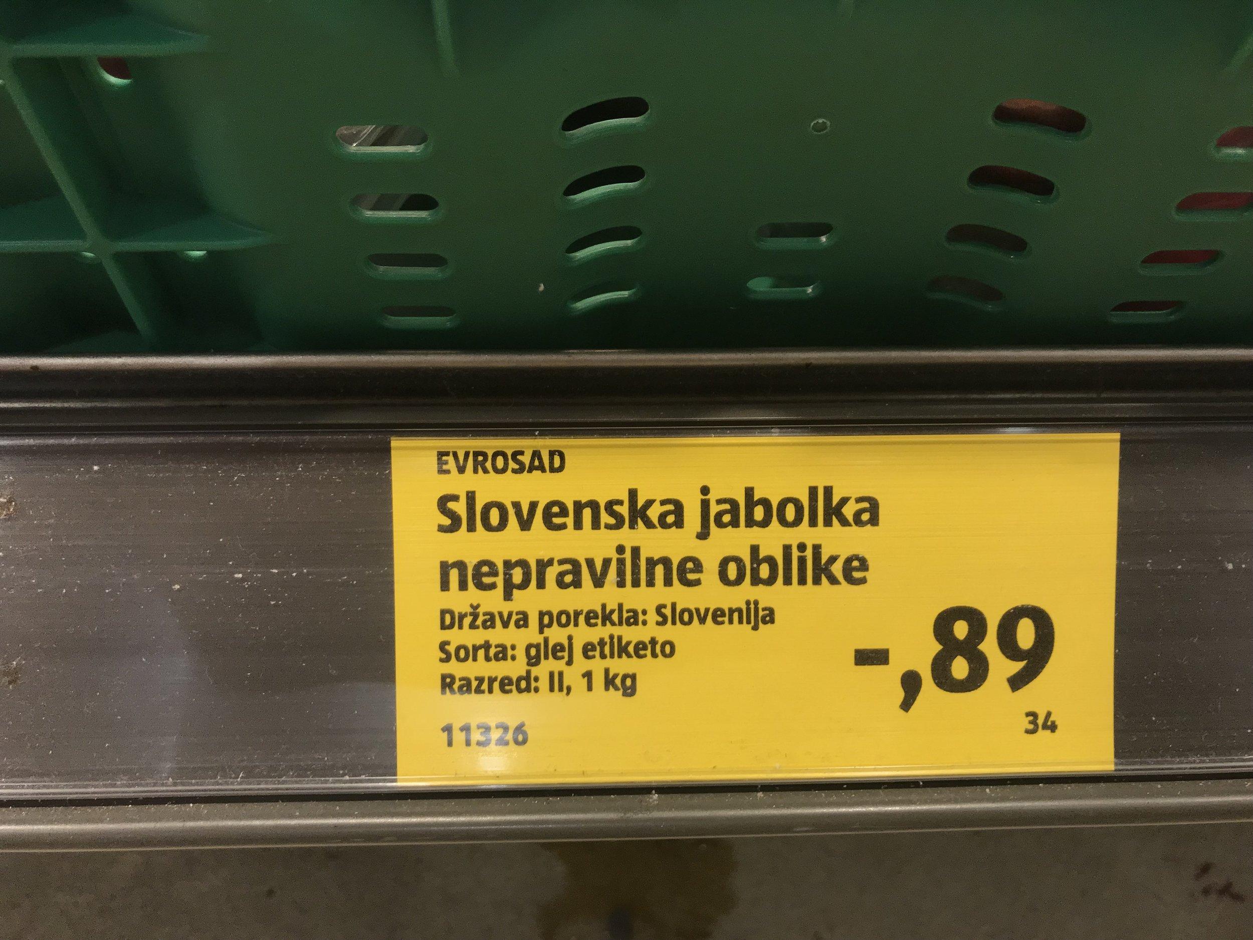 SLOVENSKA JABOLKA NEPRAVILNIH OBLIK