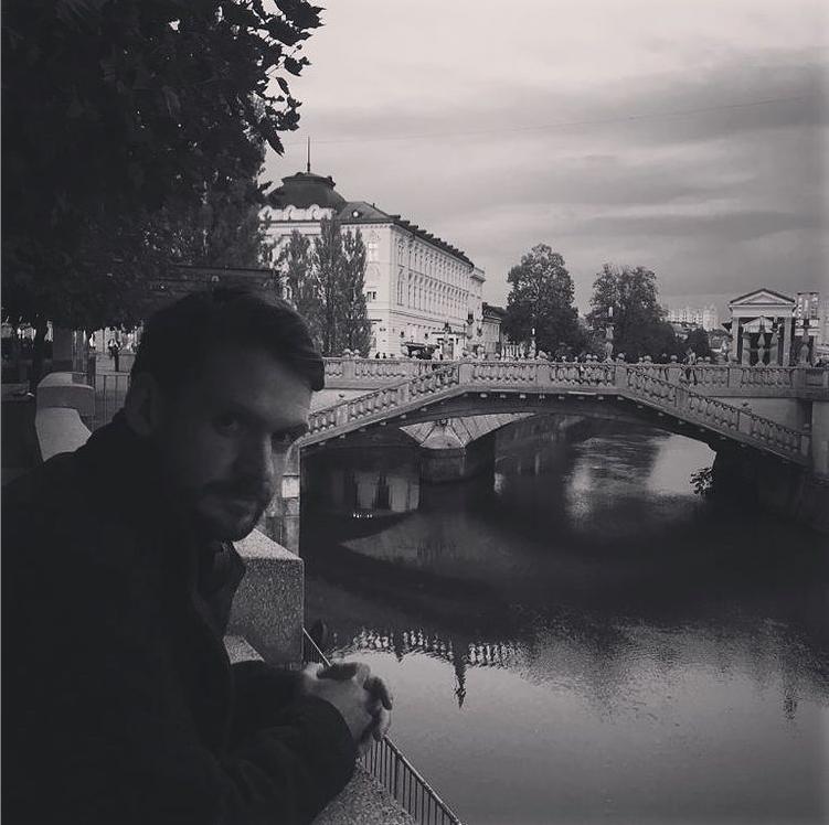 Muanis Sinanović FOTO osebni arhiv.png