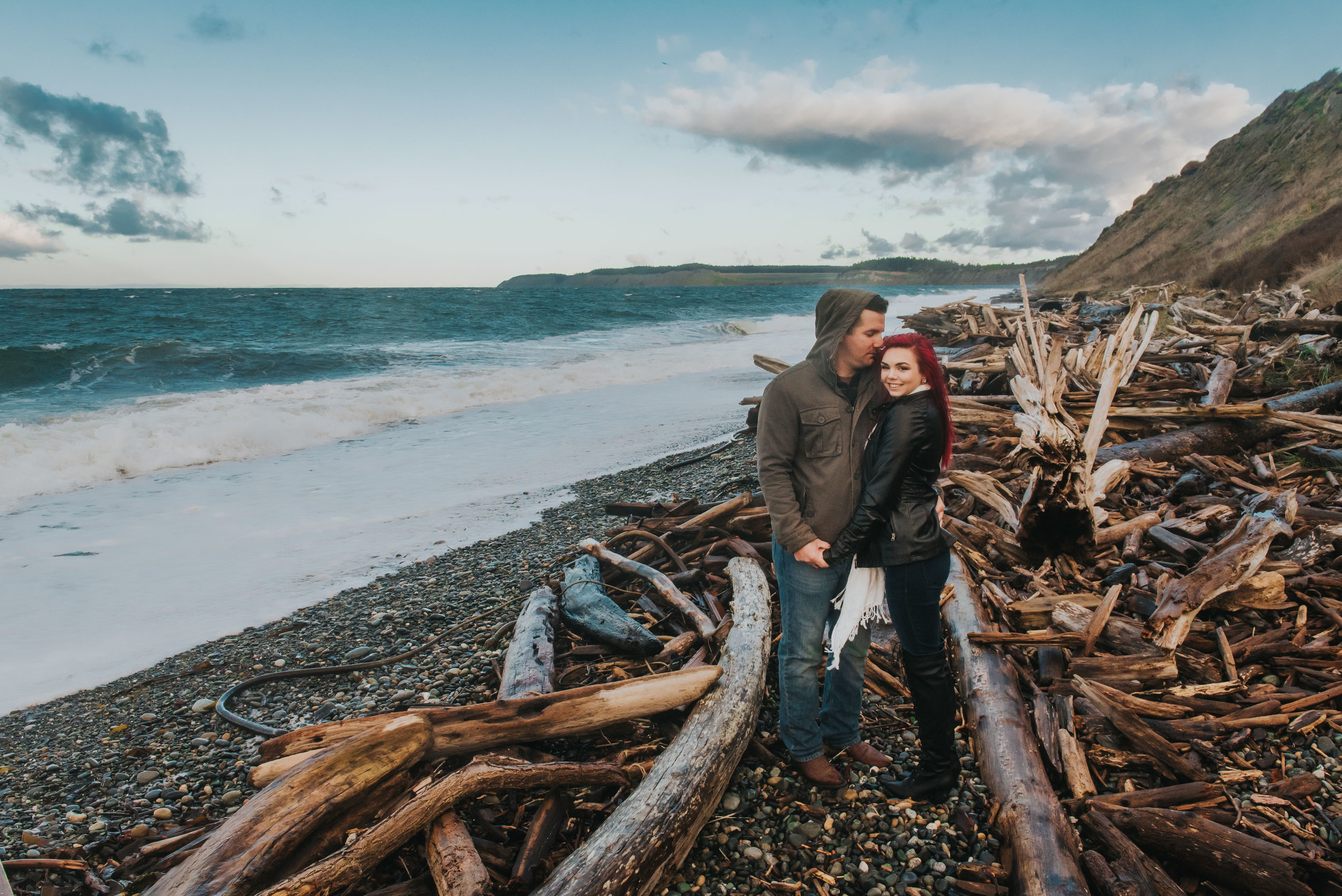 Oak-Harbor-Couples-Photographer (10 of 17).jpg