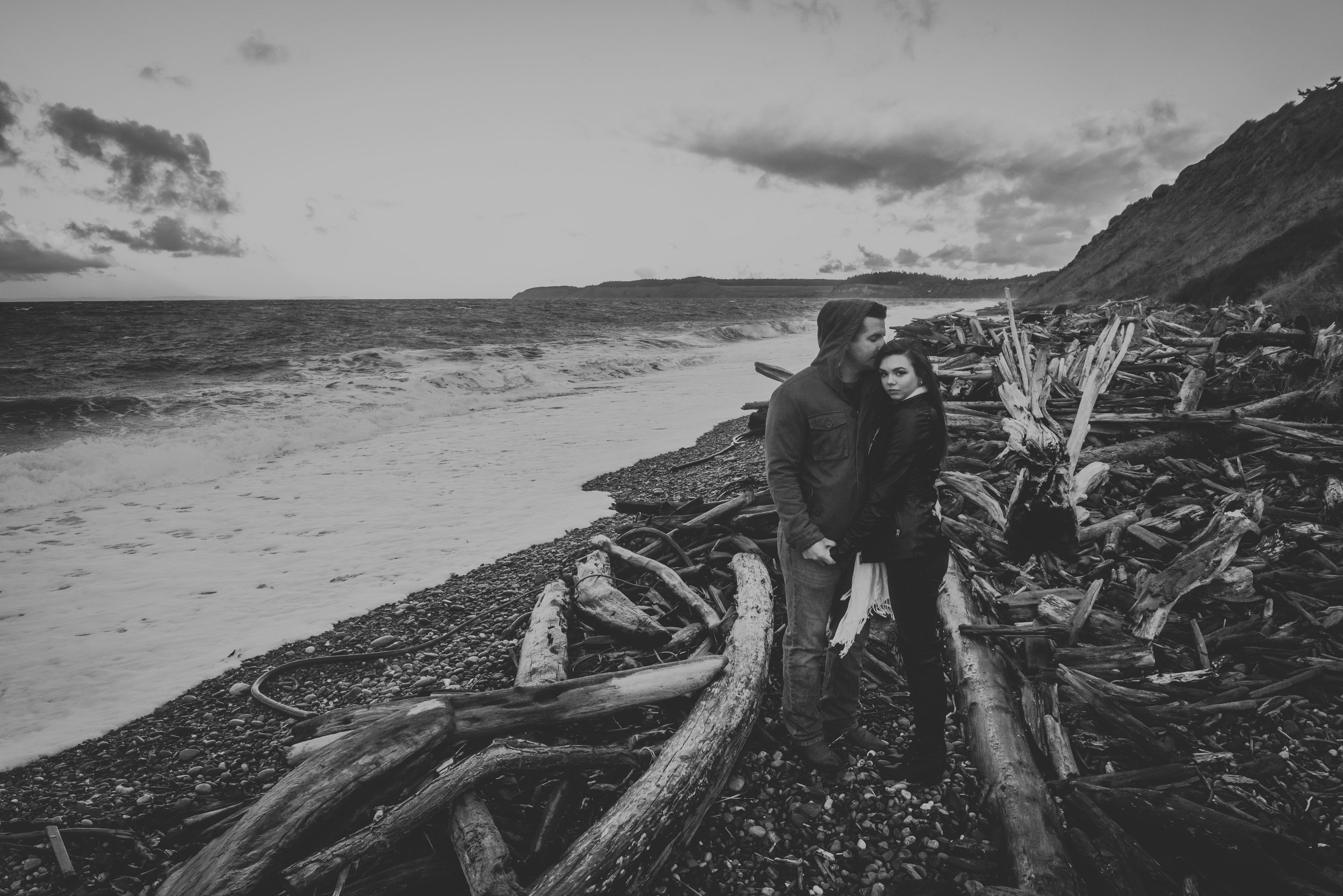 Oak-Harbor-Couples-Photographer (11 of 17).jpg