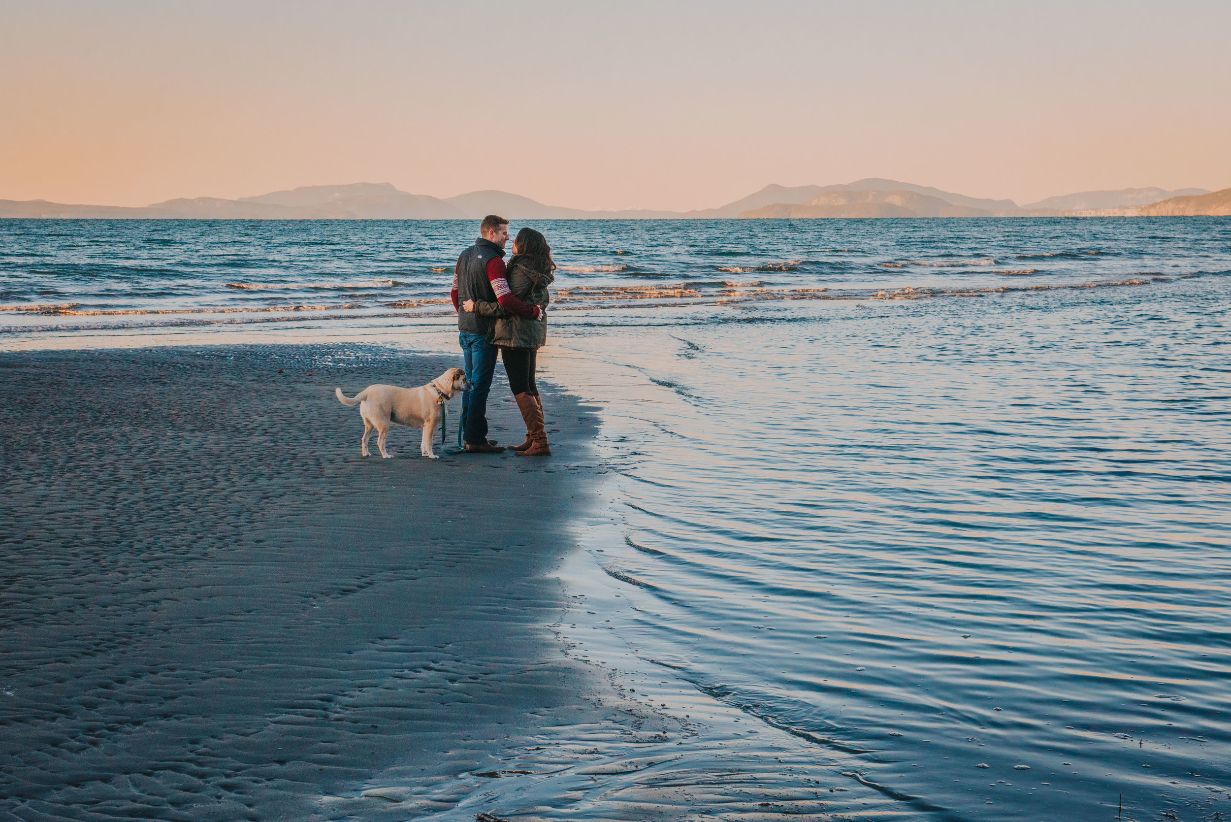 Oak-Harbor-Couples-Photographer (11 of 20).jpg