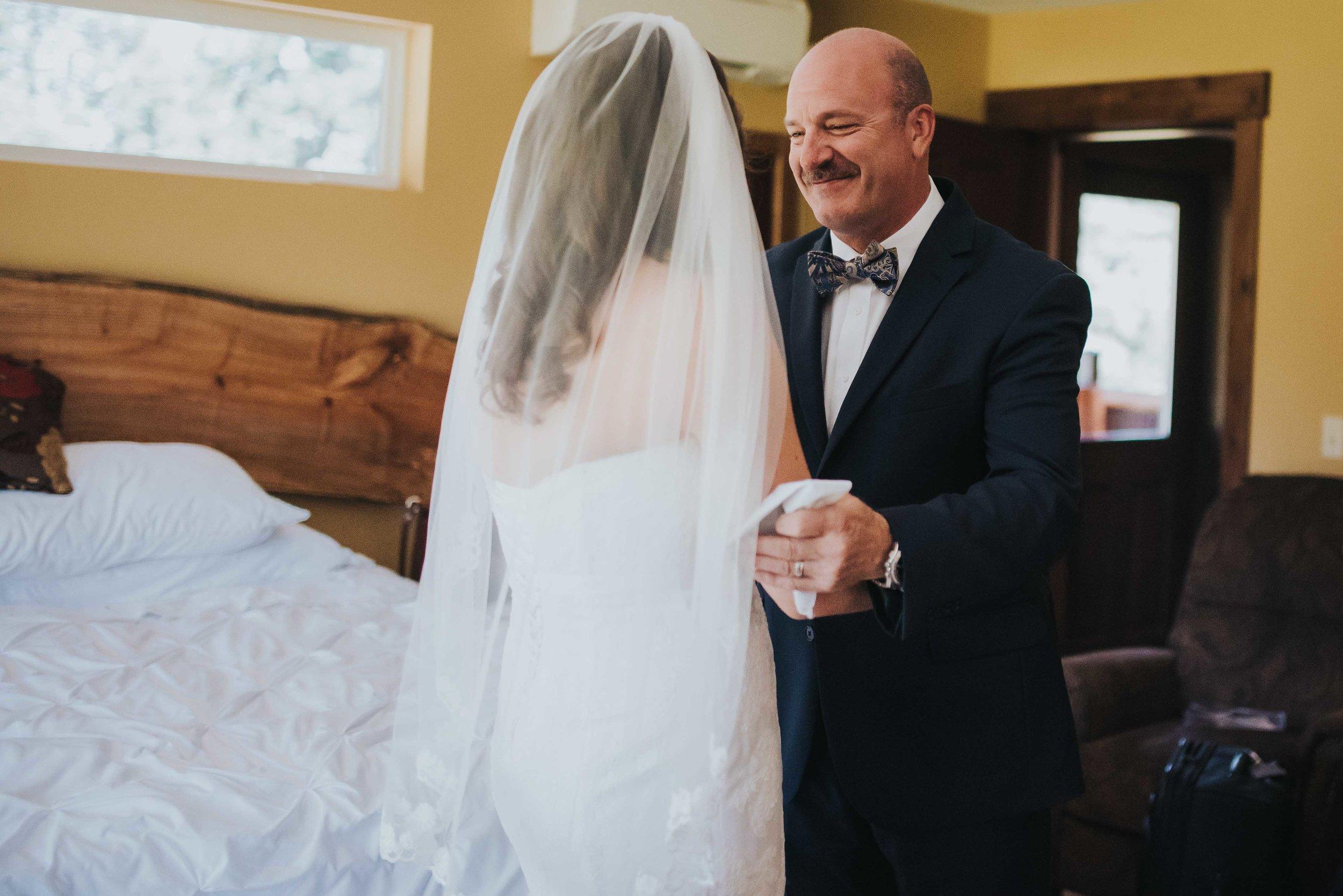Whidbey-Wedding-Photographer-16.jpg