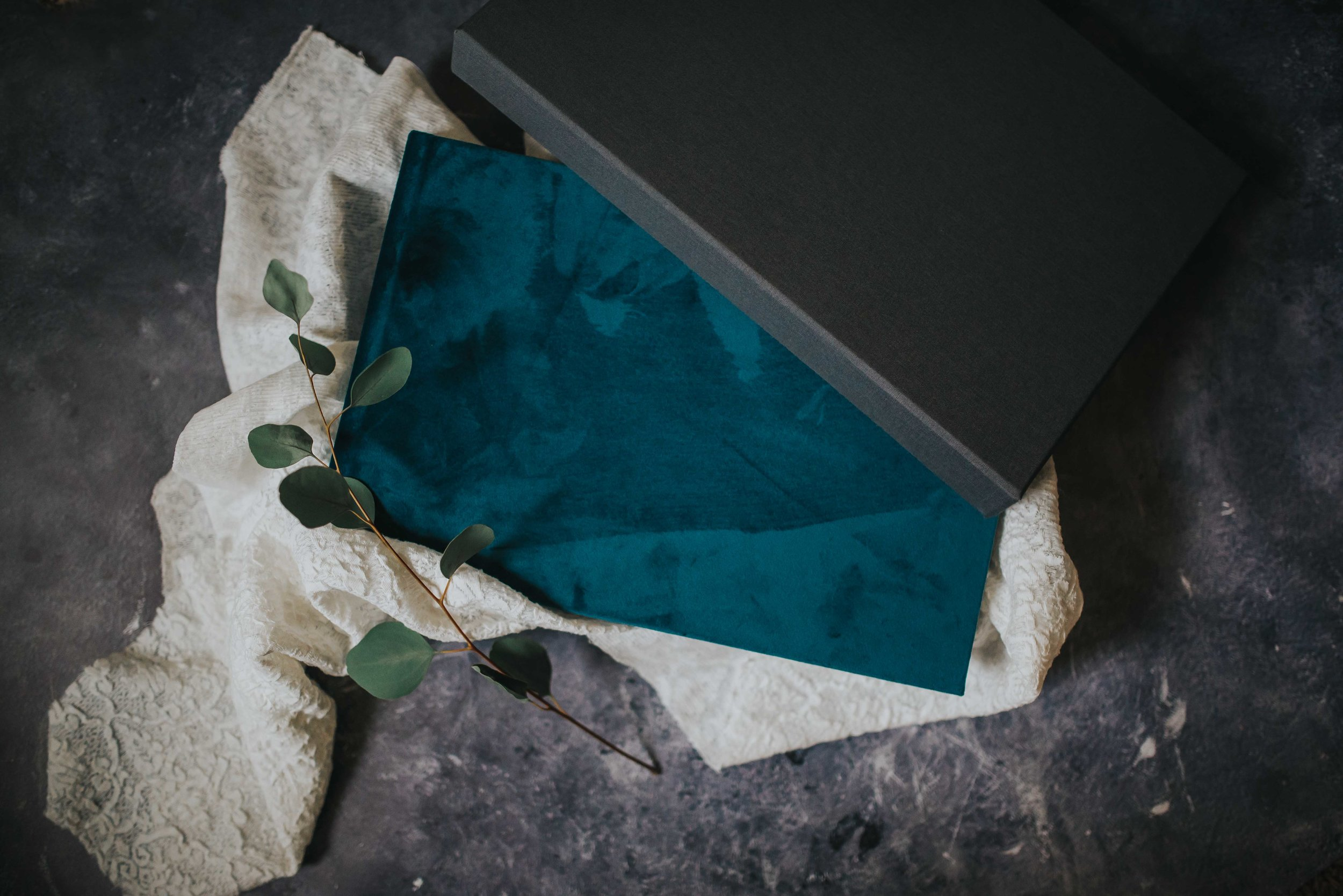 Signature Albums - Linen, Velvet or Leather Cover Albums with Debossing Featuring Thin Paper