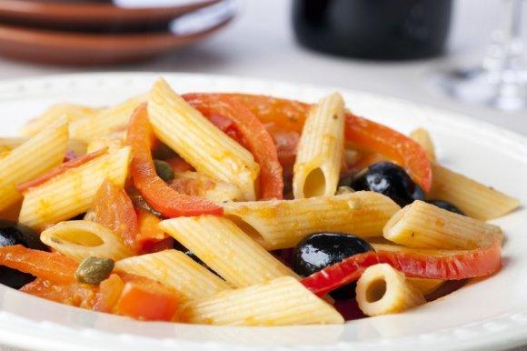 peperoni capperi e olive.jpg