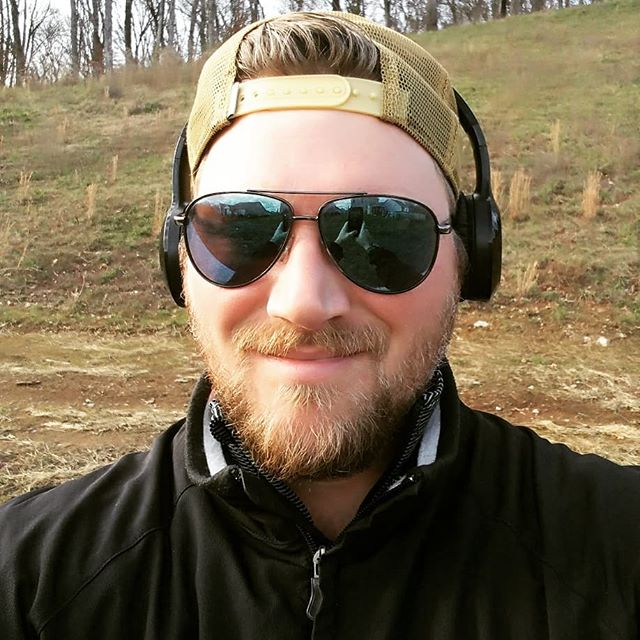 Get out and get active even on Christmas Day! Went for a little turkey trot of my own before cooking my first turkey ever! Success!  Merry Christmas fam! 🎉🎁🎅🎄 #mavenmethods #personaltrainer #performancetraining #flexible #fitnessentrepreneur #hiitworkout #cardio #circuittraining #fitgoals #fitmotivation #fitspo #fitknowledge #getitin #sweat #christmasday #christmasworkout #nashvillelately #nashvillefit #nashvilletrainer #musiccityfit #getatme #newyearnewgoals #homecook #turkey #turkeytrot #everydaypeople #slyandthefamilystone #motown #cardiomusic #garmin