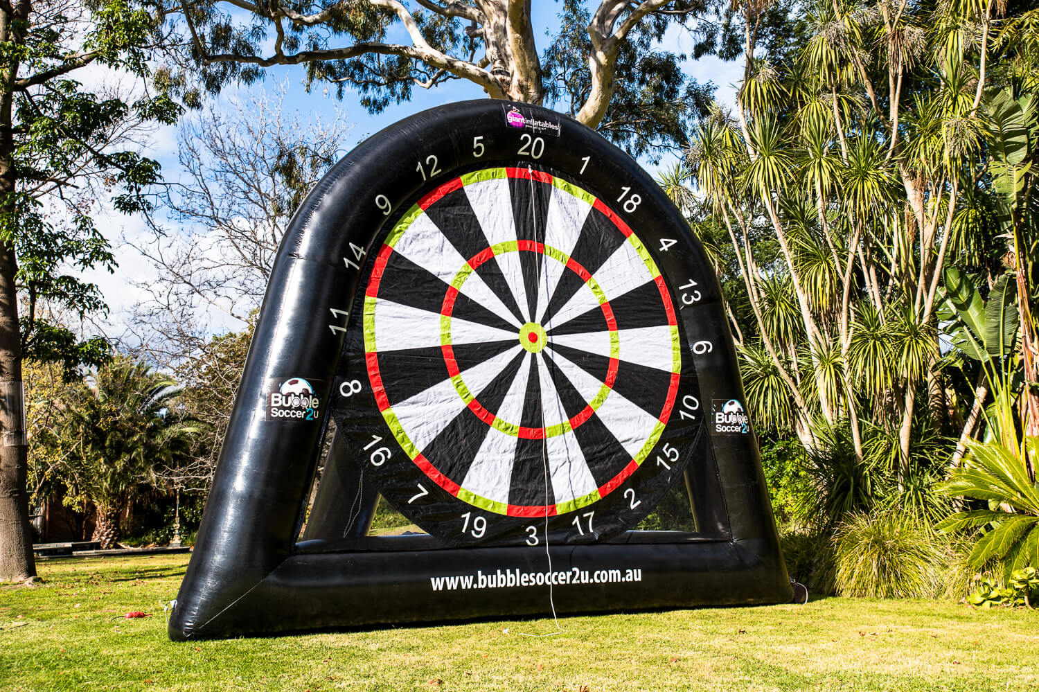 Soccer Darts<strong>Giant Inflatable Dartboard</strong>