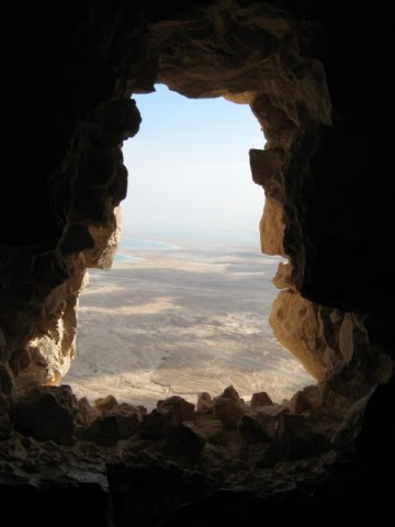 Elijah-Horeb-cave.jpg