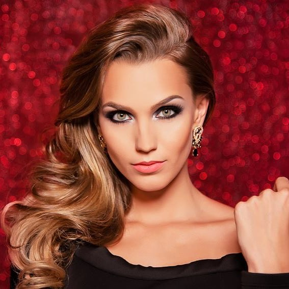 Isabele Pandini, de São José do Rio Preto, é a Miss Mundo São Paulo 2016.