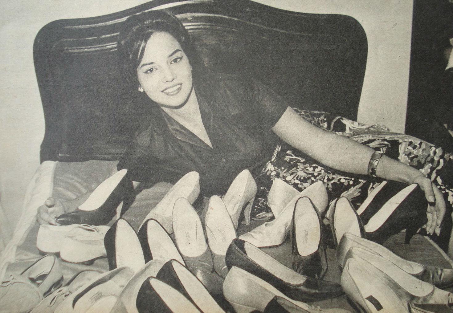 A Miss Brasil Mundo 1960 e seus muitos sapatos! Foi semifinalista em Londres (blog Passarela Cultural).