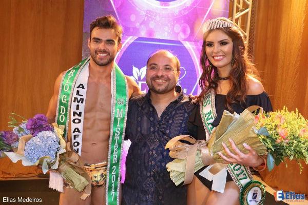 Mister RN 2017 Leonardo Nobre, o coordenador George Azevedo e Sarah Torres, a Miss Natal 2017 (versão Be Emotion / Universo), eleita no mesmo evento (foto Elias Medeiros).