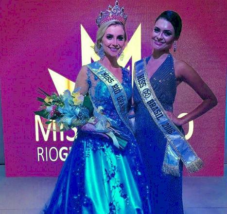 Daiane, a nova Miss RS, ao lado de Beatrice, a atual Miss Brasil.