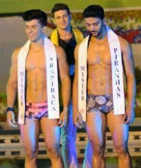 Jonathas Lucas (esquerda) venceu mas abriu mão do título para João Lucas (direita).
