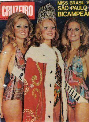 Mariza Sommer de Brasília (d), foi a terceira colocada e Miss Brasil Mundo. SP (c) venceu e RS (e) foi vice.