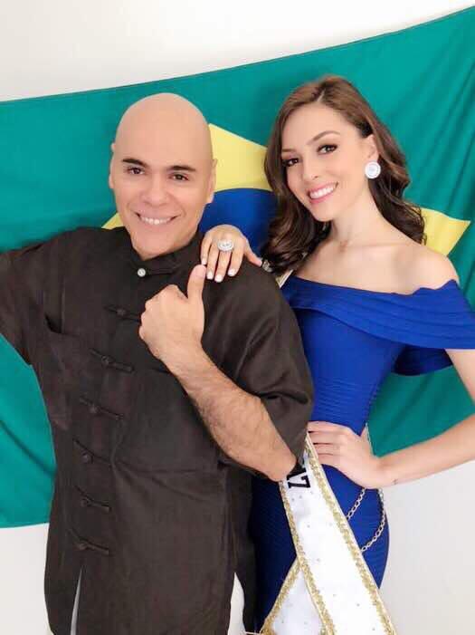 Alexander Gonzales e a Miss Brasil Mundo Gabrielle Vilela.