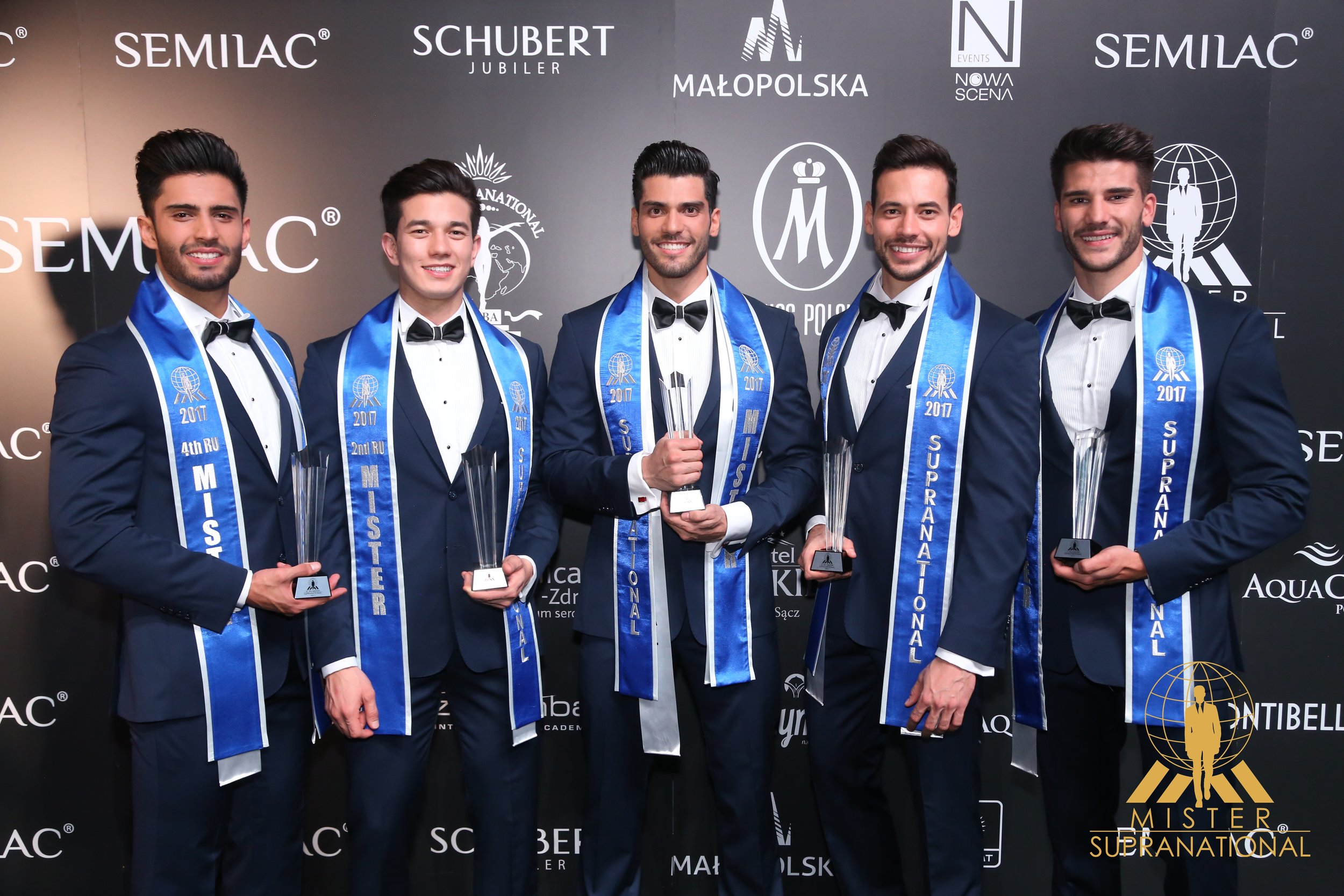 México (5), Matheus Song do Brasil (3), Gabriel Correa da Venezuela (Mister Supranational 2017), Eslováquia (4) e Espanha (2) - foto Leonardo Rodrigues.