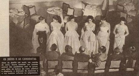 As 6 candidatas ao título de Miss Brasil 1954 apresentam-se para os jurados no Quitandinha (O Cruzeiro).