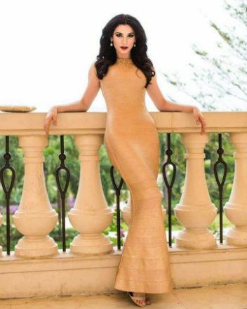Julia Gama estreia no cinema e faz sucesso como modelo na China.