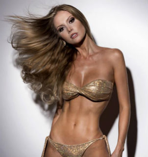 Miss Brasil Mundo 2013, Sancler Frantz tenta ser a Miss Brasil Universo (Be Emotion) 2018.