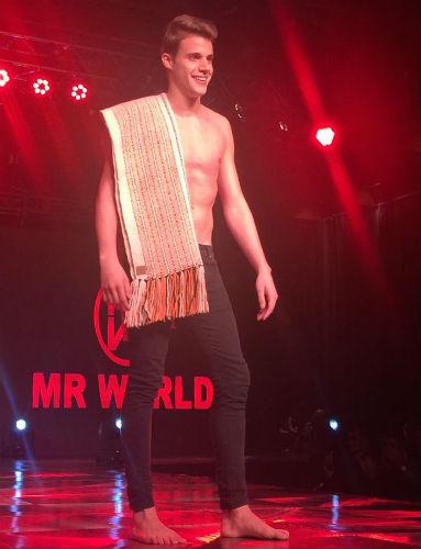 Thomás, da Tierra del Fuego, viajará para a Argentina no próximo mês de janeiro: ele concorrerá ao título de Mister World 2019.