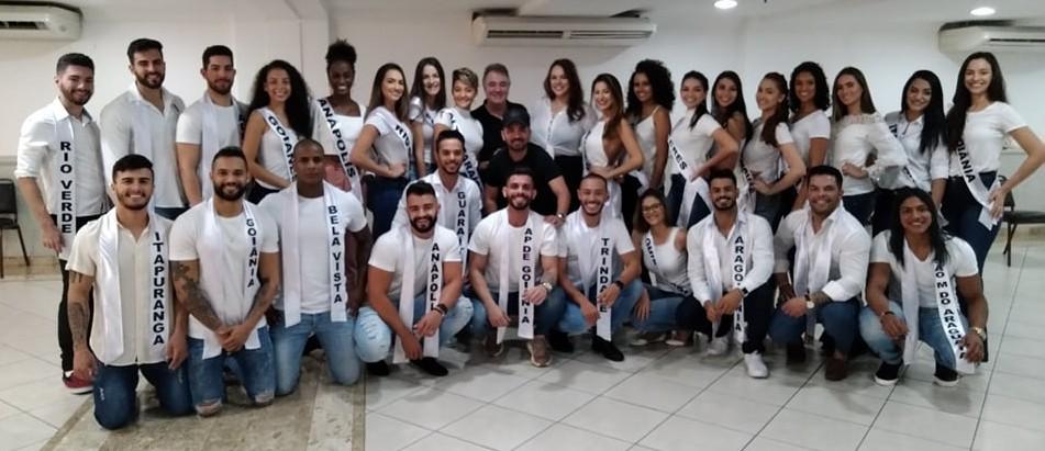 Os candidatos goianos de 2019 com Jane Borges, Miss Brasil Mundo 2006, Henrique Fontes, diretor do Concurso Nacional de Beleza, e Raffael Rodrigues, coordenador estadual de Goiás.