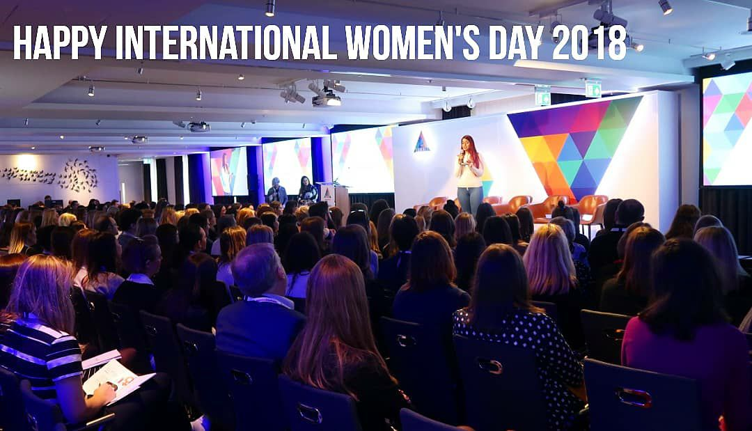 What a way to spend International Women's Day 2018! It was an honour to perform in front of 400 empowering and passionate women and men at the @omniwomen2018 annual summit. 💪