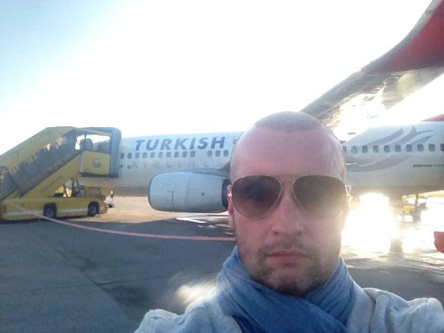 ...wieder zufrieden am Heimatflughafen angekommen, freue ich mich jetzt auf ein paar erholsame Tage...!