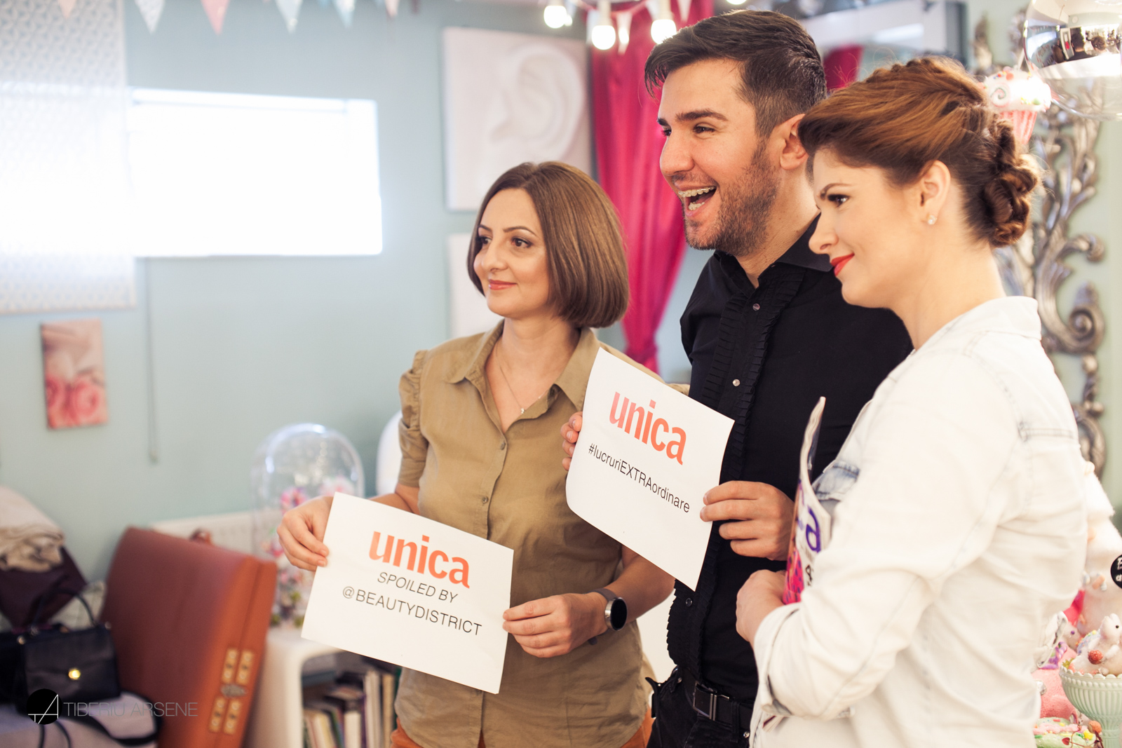 unica-18-party-2.jpg