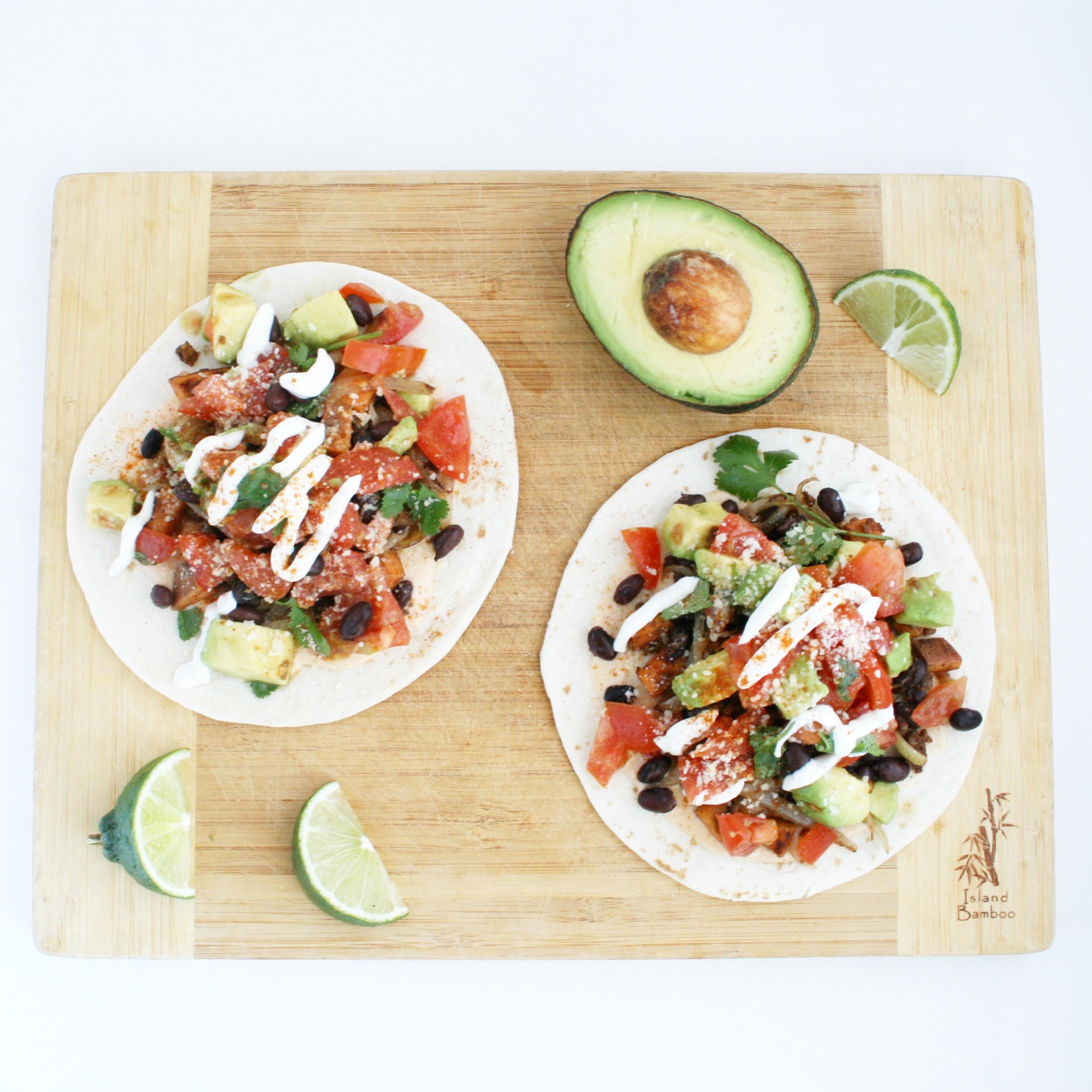 Black Bean Tacos by CharlesChen.tv