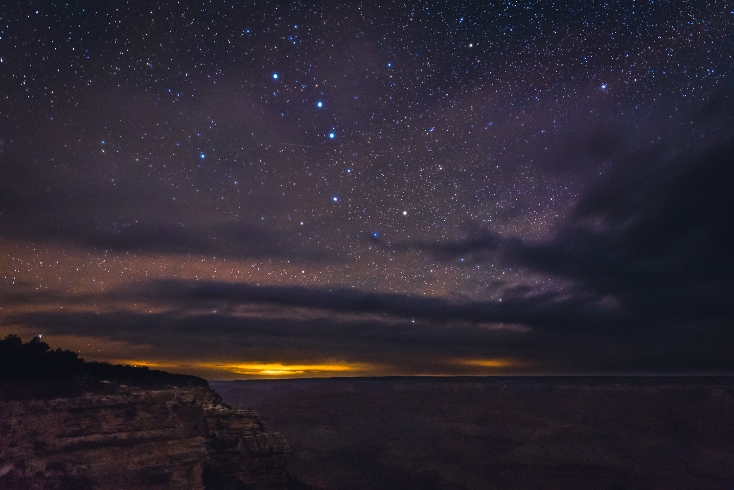 Big Dipper. (Can you see it?) Looking west from Mather Point, the orange glow in the distance is from Las Vegas, over 100 miles away...