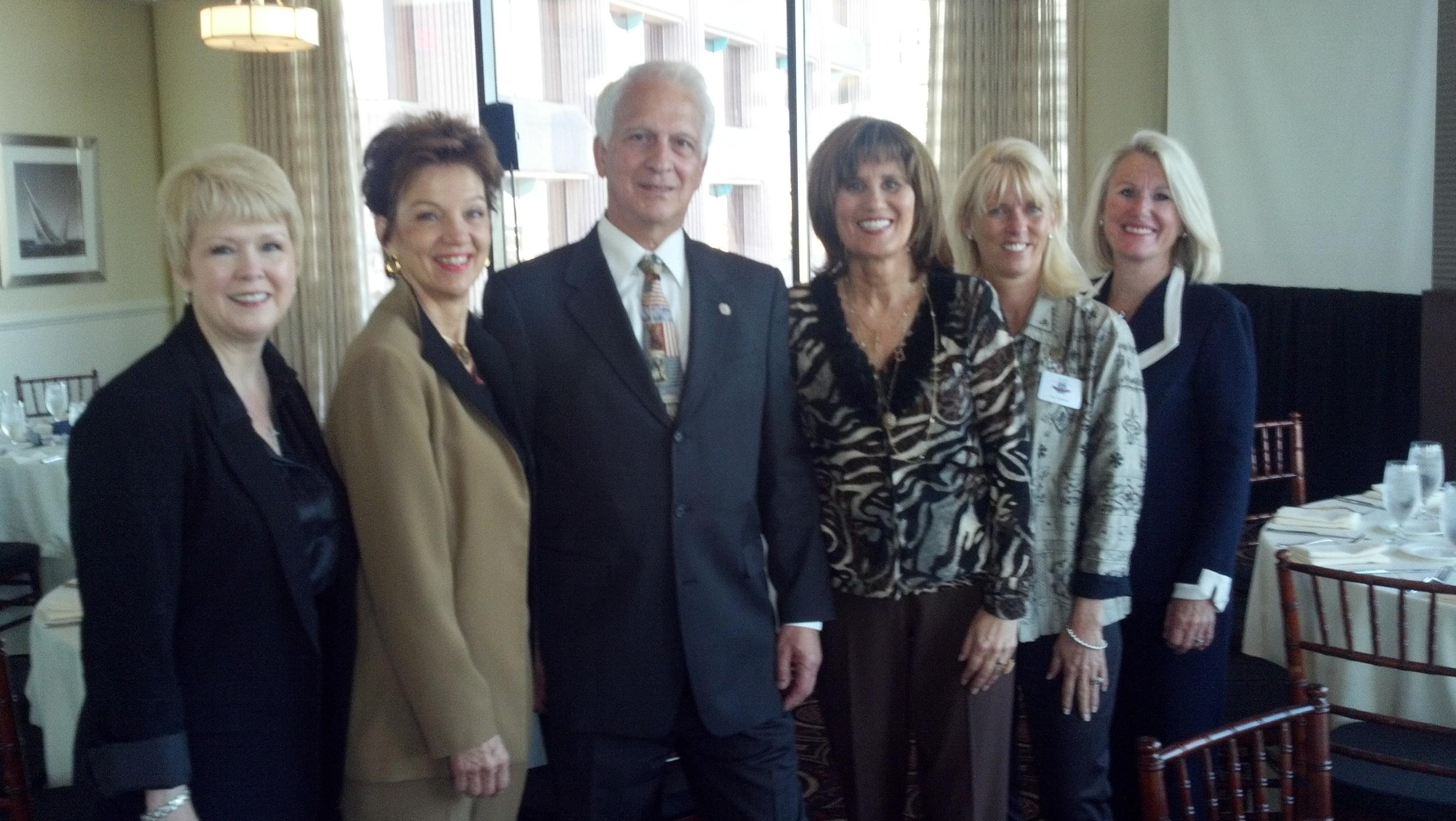 Debbie Hart, Nancy Schulze, Art Ally, Dran Reese, Sue Trombino, Susan Aleshire.jpg