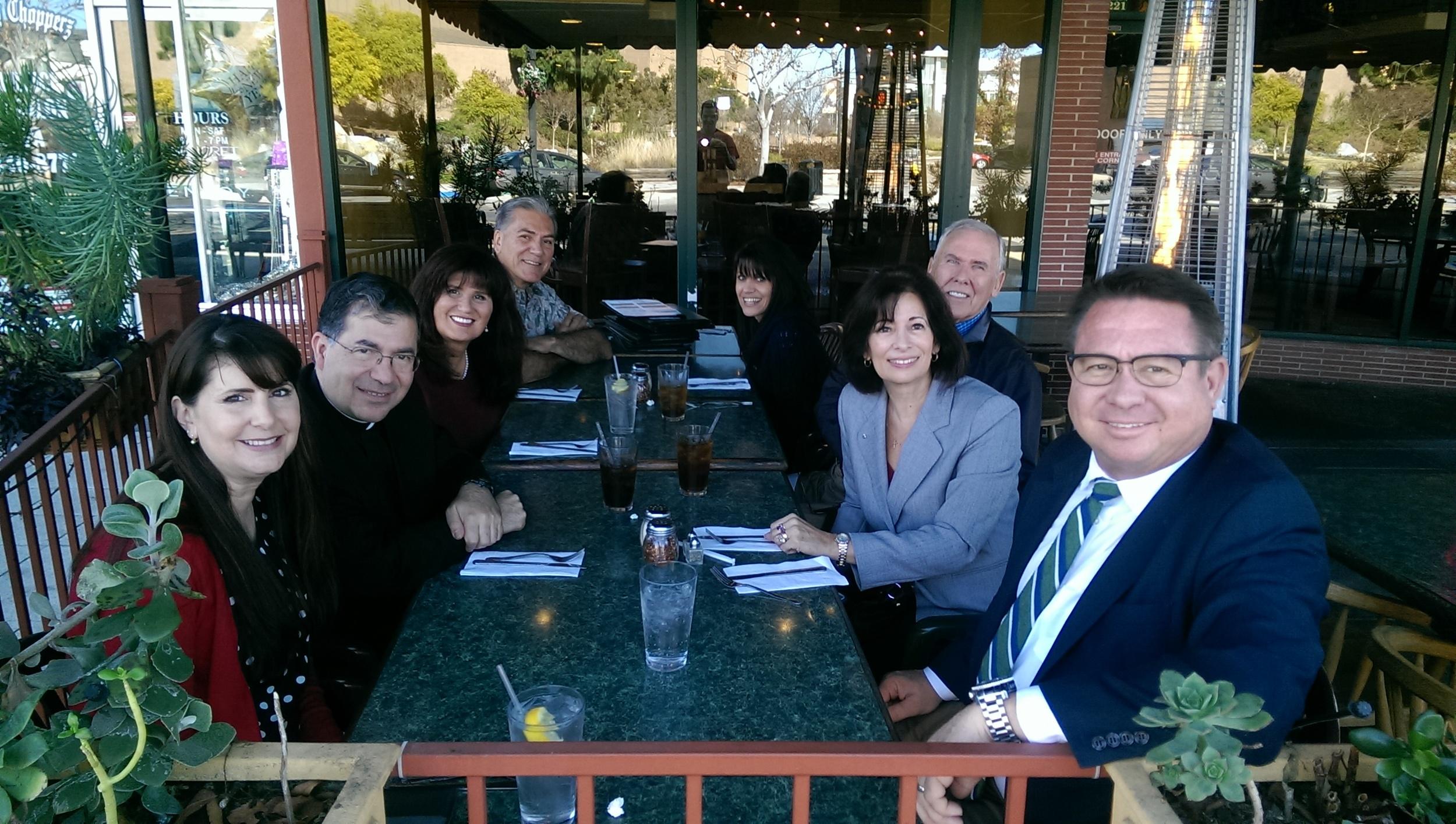 Father Pavone,Bill+Betty Wells, Sylvia+Royce Sullivan, Stephanie+Sergio Reeses (1).jpg