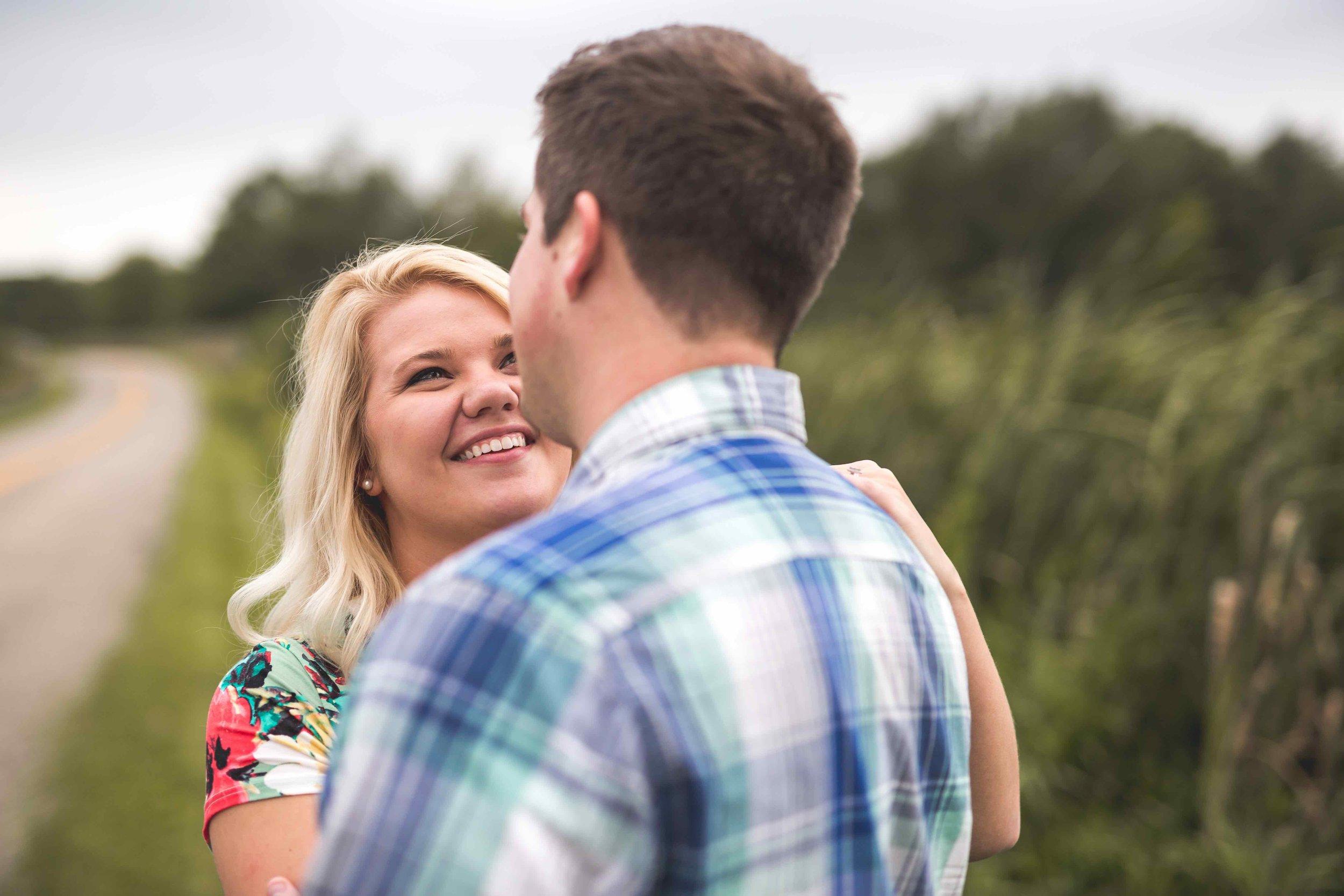Engagement Photos (121.1 of 151).jpg