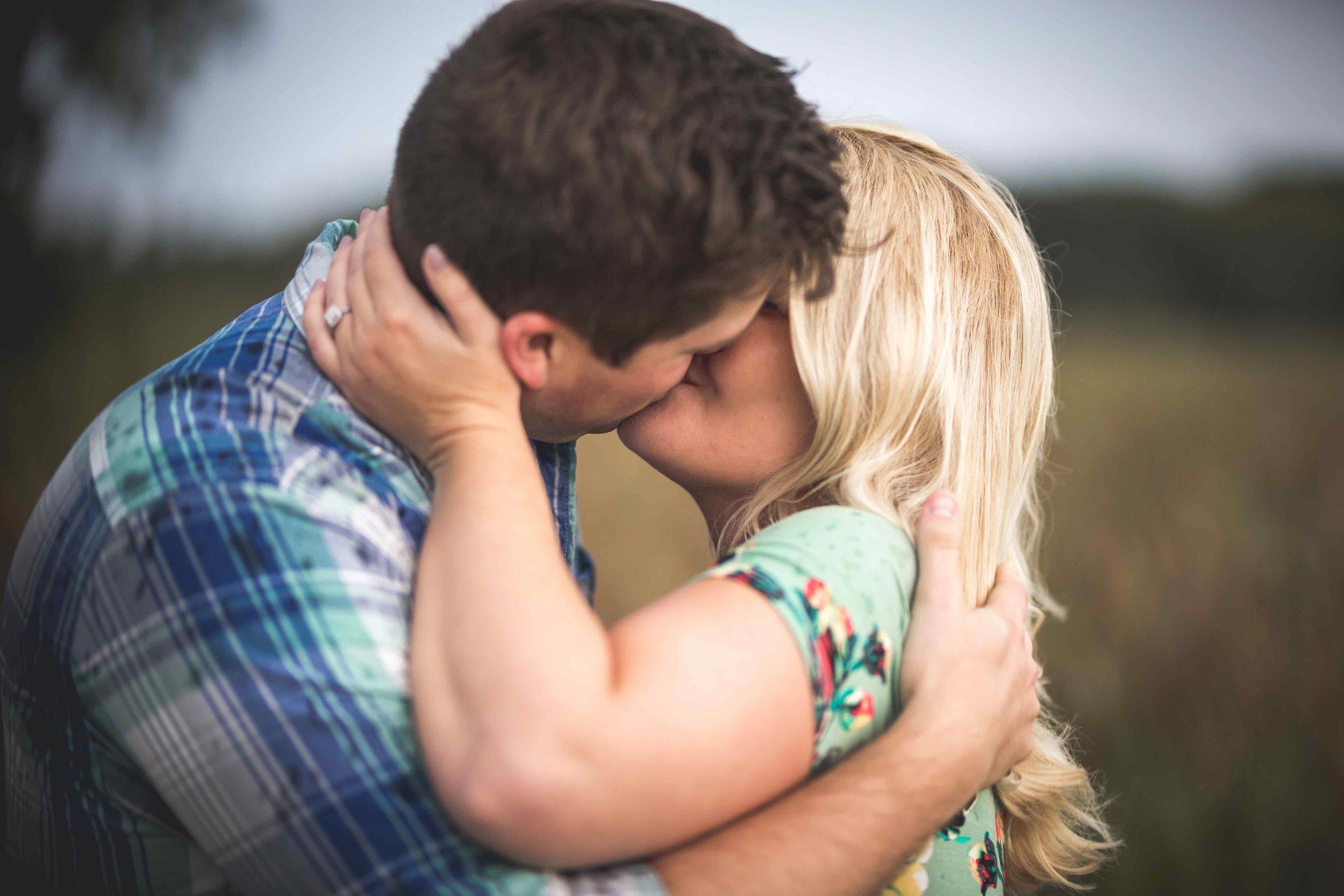 Engagement Photos (155 of 151).jpg