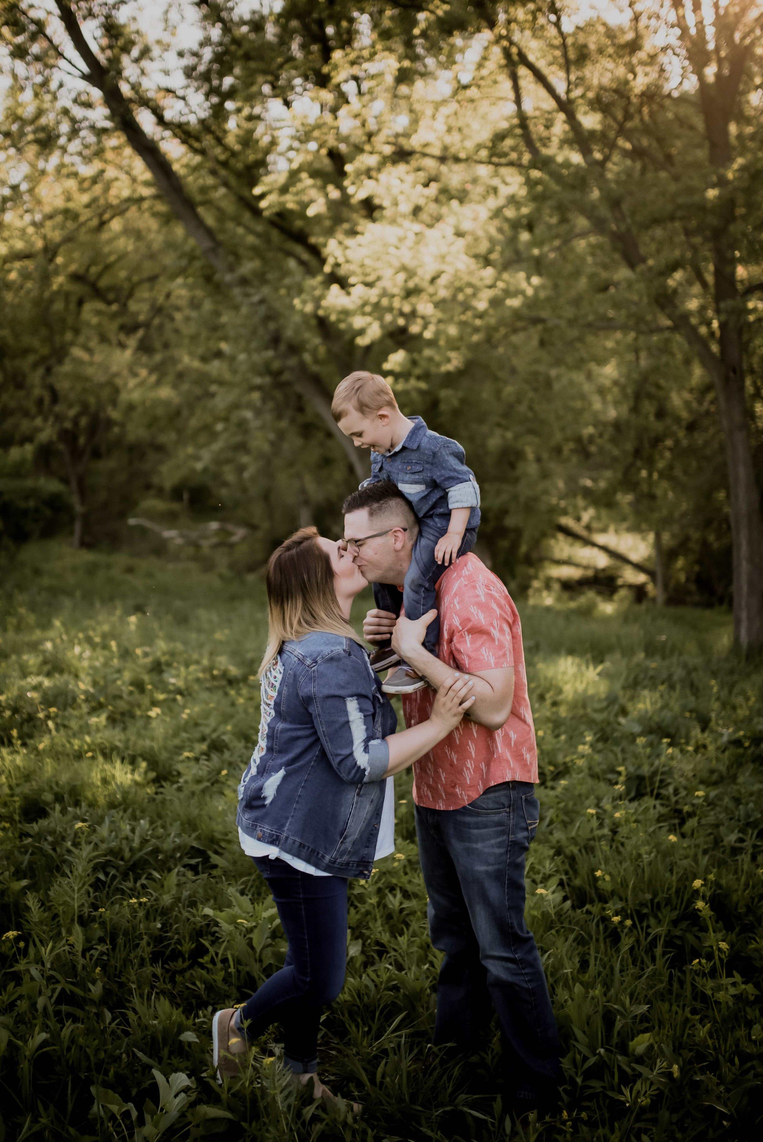WISCONSIN FAMILY PHOTOGRAPHER 08.jpg