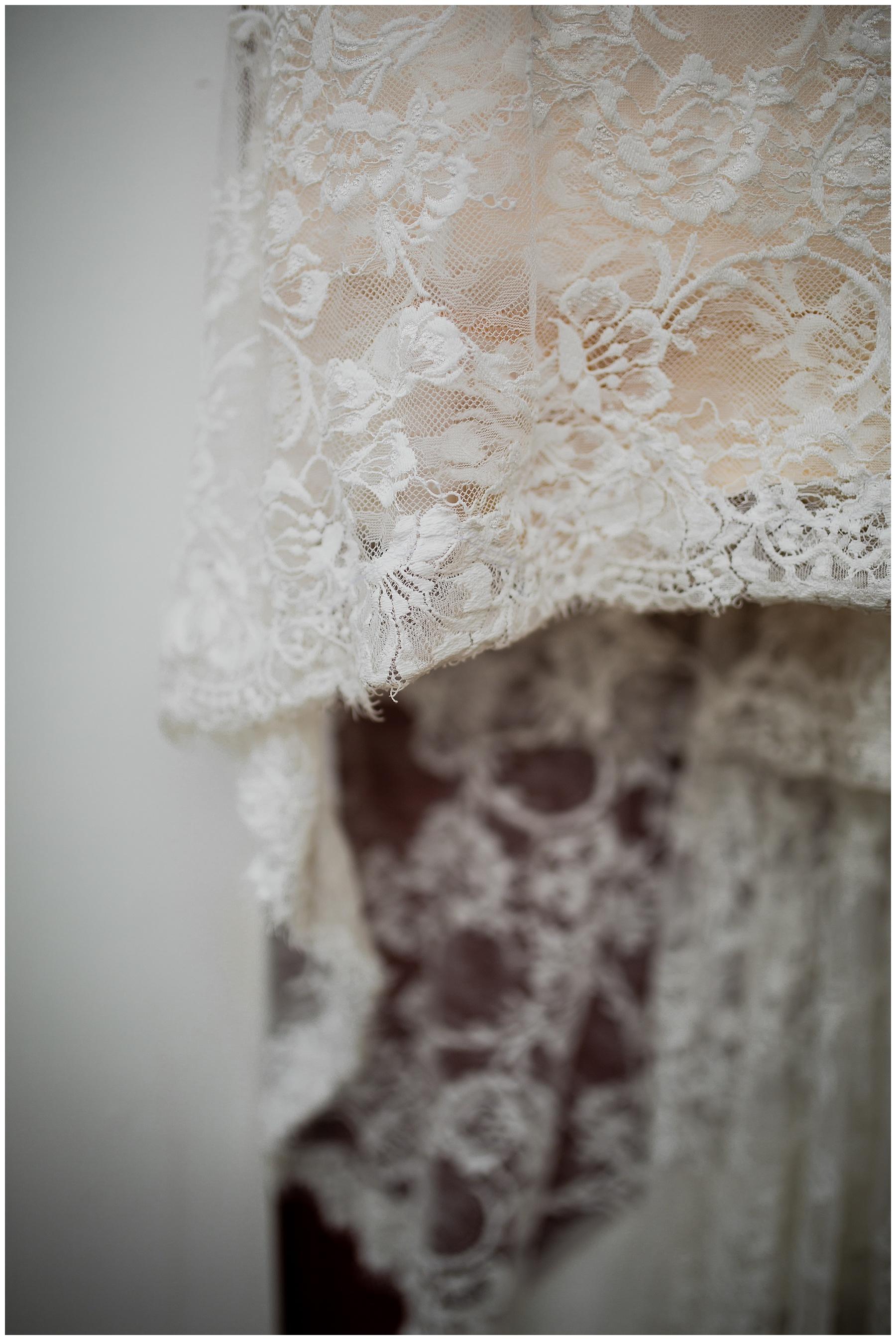 WISCONSIN WEDDING PHOTOGRAPHER 25.jpg