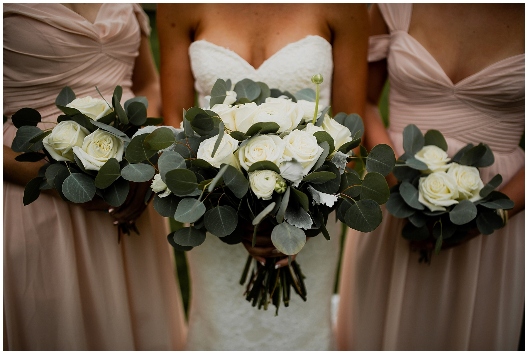 WISCONSIN WEDDING PHOTOGRAPHER 31.jpg