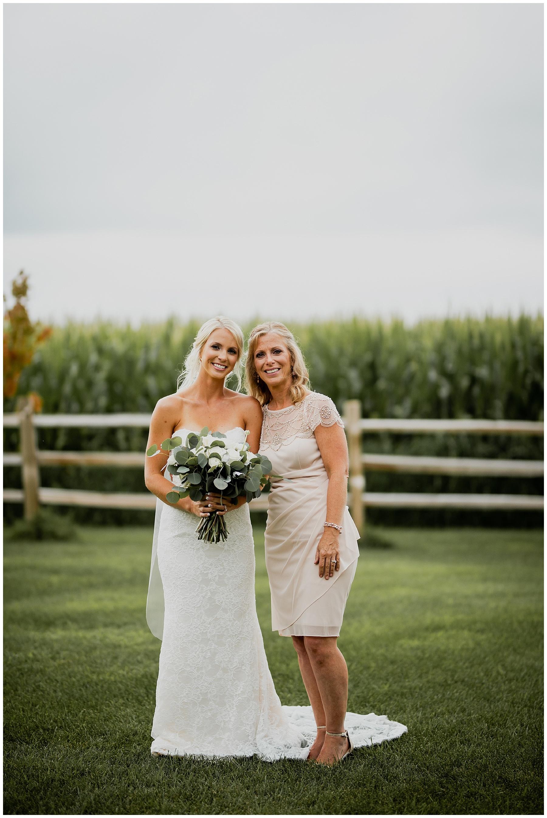 WISCONSIN WEDDING PHOTOGRAPHER 70.jpg