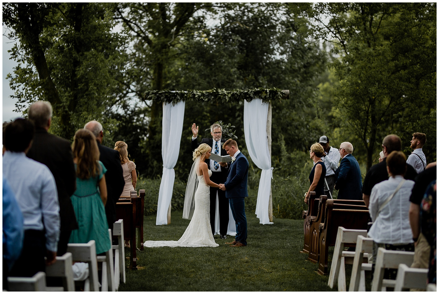 WISCONSIN WEDDING PHOTOGRAPHER 95.jpg