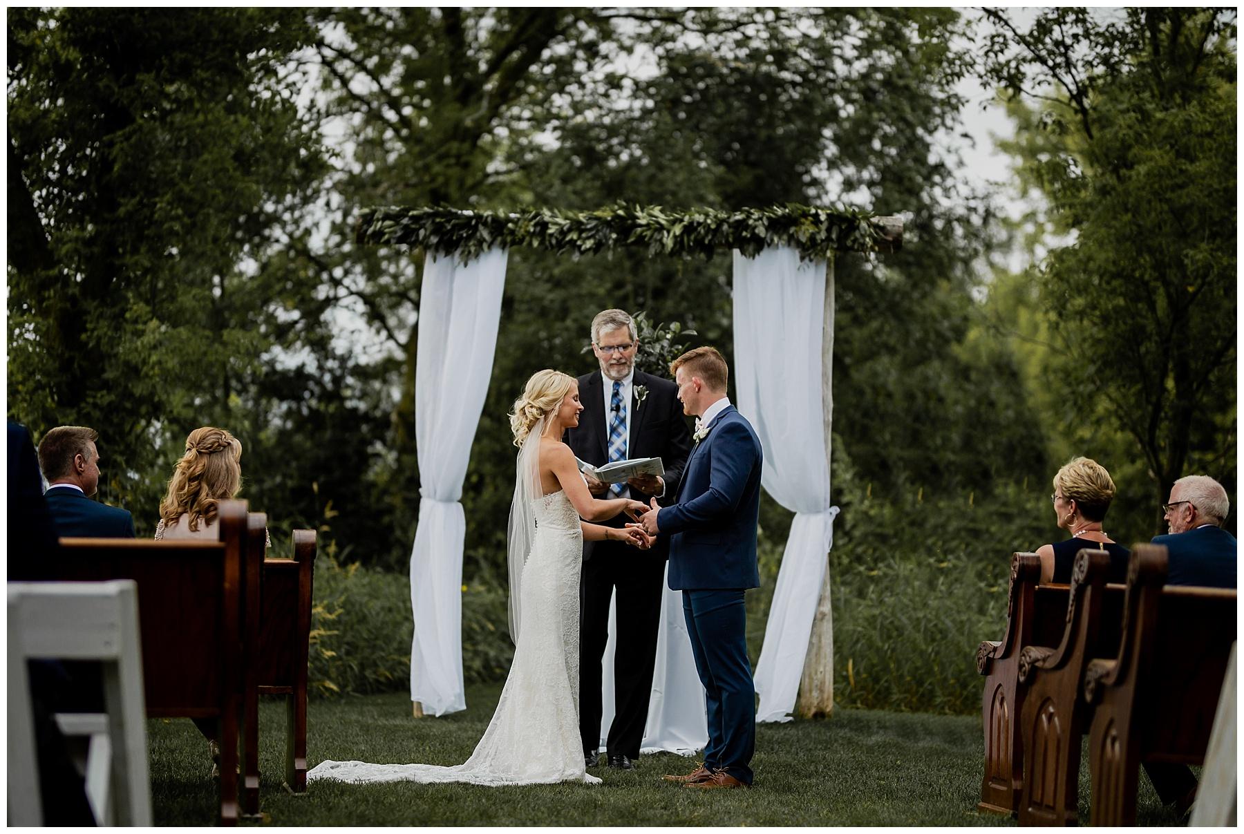 WISCONSIN WEDDING PHOTOGRAPHER 97.jpg