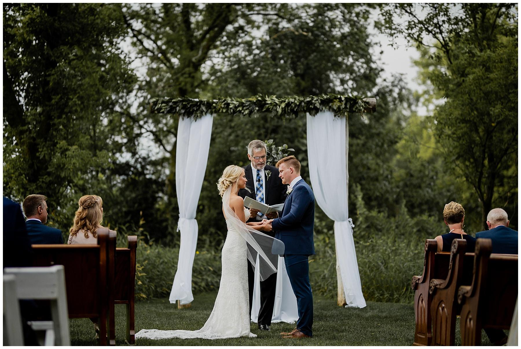 WISCONSIN WEDDING PHOTOGRAPHER 98.jpg