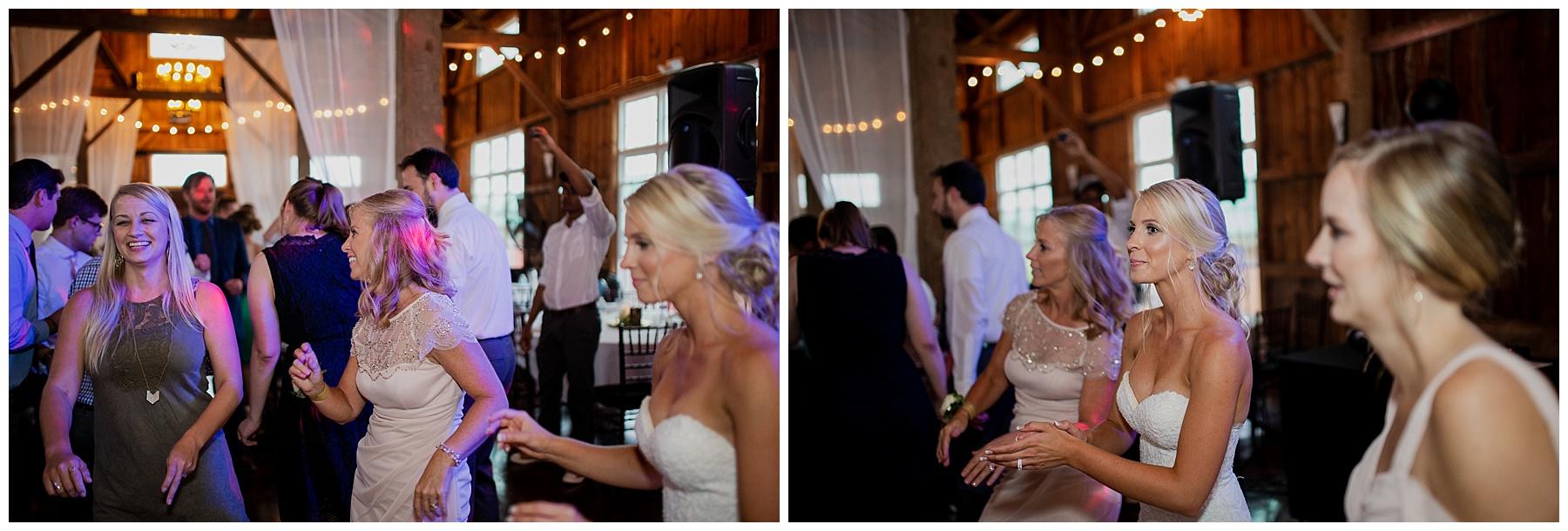 WISCONSIN WEDDING PHOTOGRAPHER 186.jpg