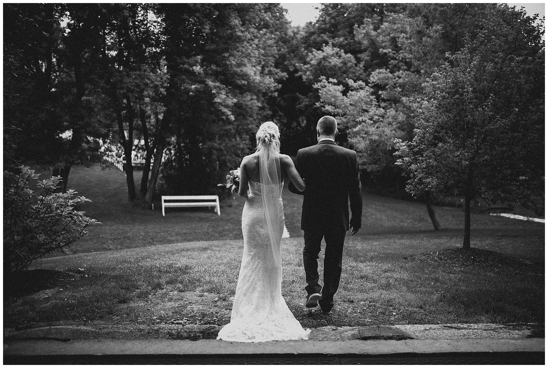 WISCONSIN+WEDDING+PHOTOGRAPHER+82.jpg